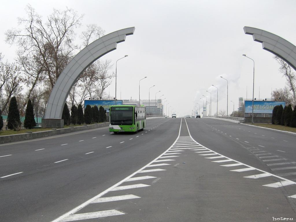 Tashkent, Mercedes-Benz Conecto LF # 176