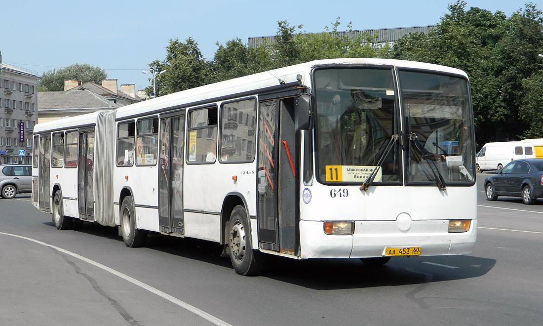 Pskov, Mercedes-Benz Türk O345G # 649