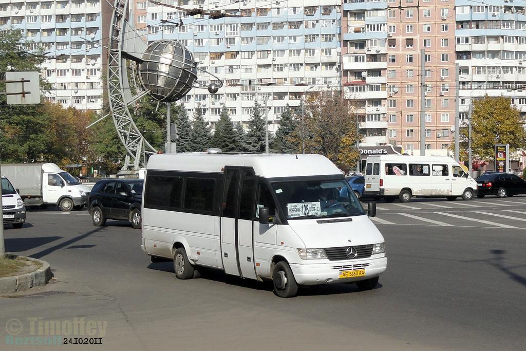 Dnipro, Mercedes-Benz Sprinter 412D # АЕ 5660 АА