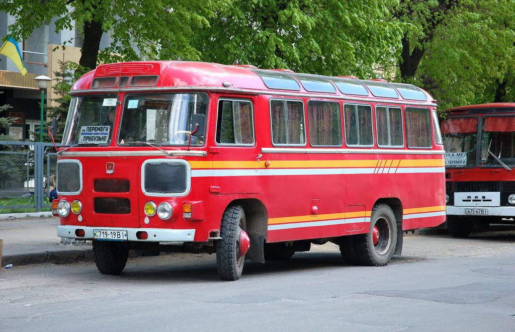 Vinnitsa, PAZ-672М # 719-19 BI