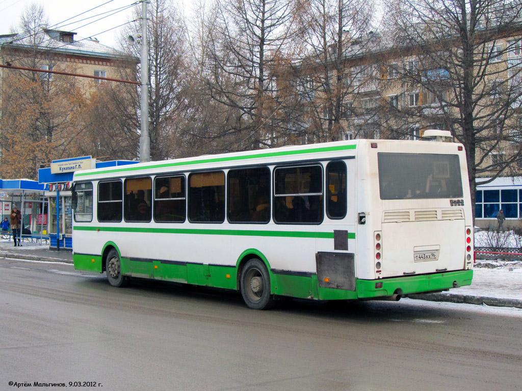 Kamensk-Uralsky, LiAZ-5256.45 # Т 443 КХ 96