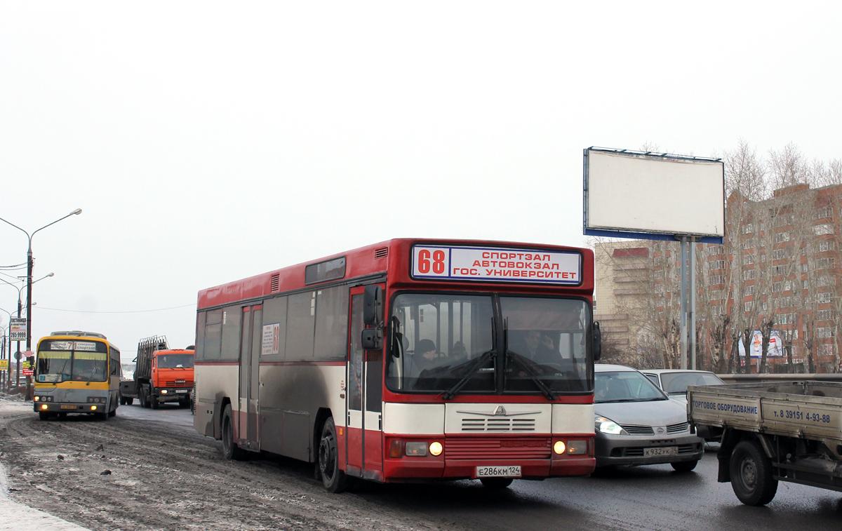 Krasnoyarsk, Hyundai AeroCity 540 # АК 682 24; Krasnoyarsk, Neoplan N416SL # Е 286 КМ 124