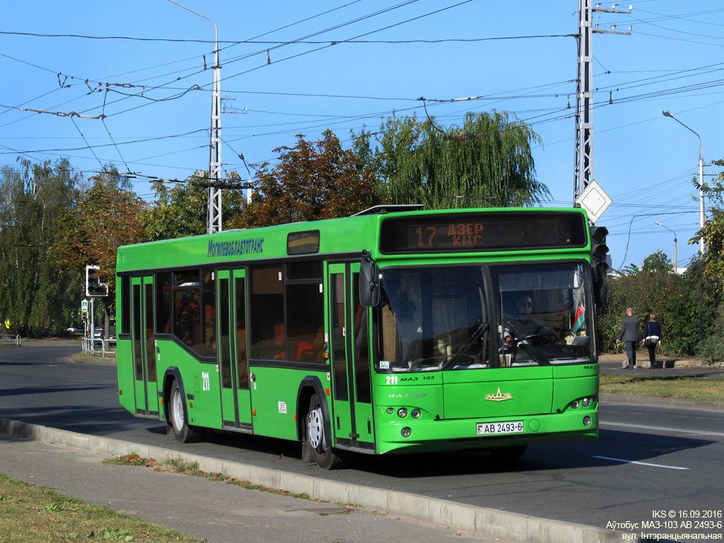 Bobruisk, MAZ-103.465 # 211