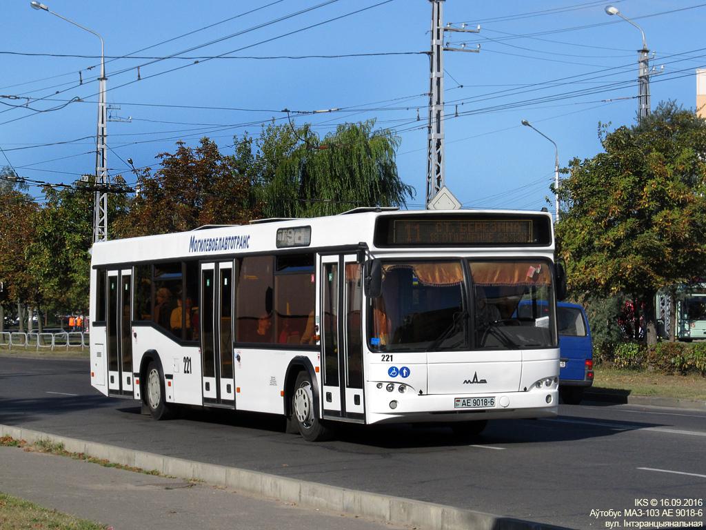 Bobruisk, MAZ-103.485 # 221