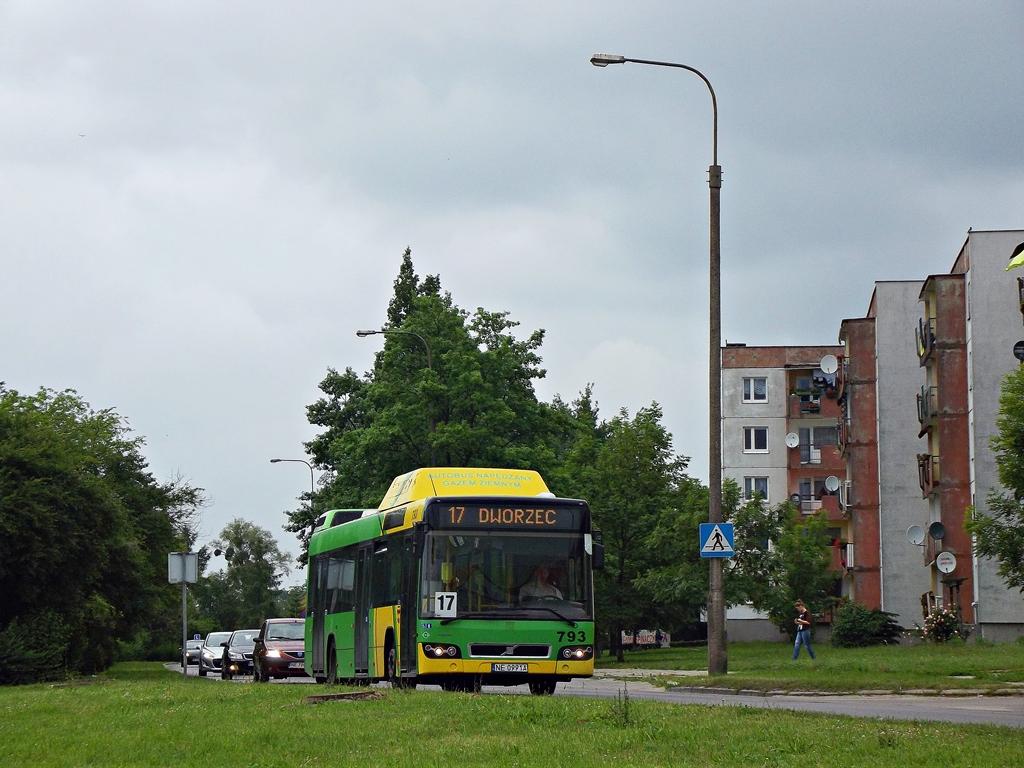 Warsaw, Volvo 7700 CNG # 796