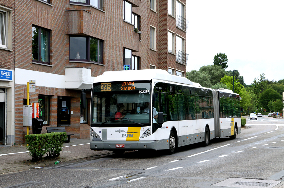 Leuven, Van Hool New AG300 # 303219