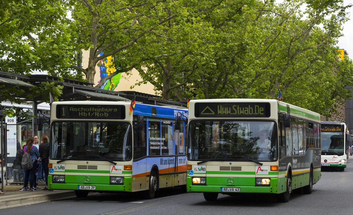 Aschaffenburg, Mercedes-Benz O405N2 # 139; Aschaffenburg, Mercedes-Benz O405N2 # 143