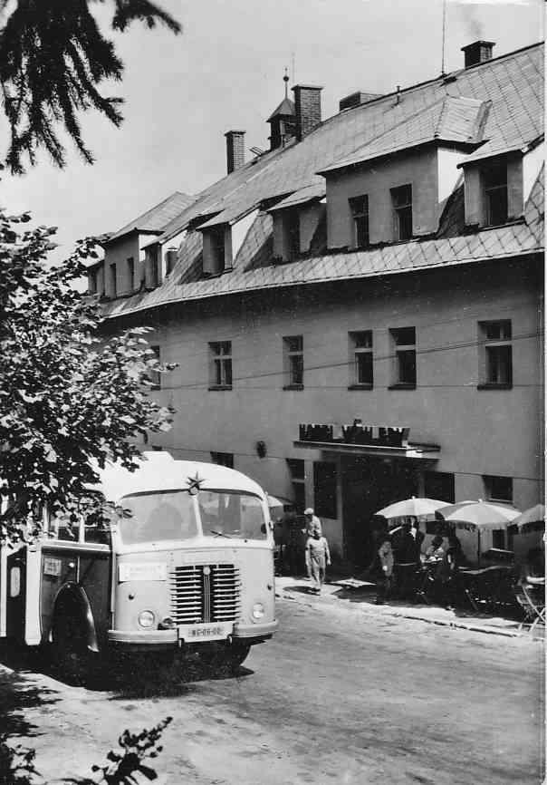 Domažlice, Škoda 706 RO # DO 06-00