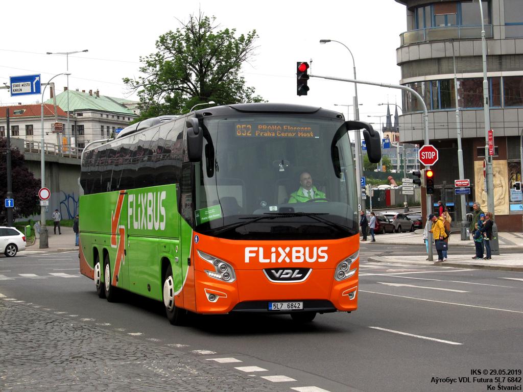 Liberec, VDL Futura FHD2-139.330 # 5L7 6842